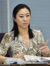 新たな議論紹介を--三浦氏  記者会見する安倍首相