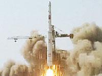 発射されるミサイル
