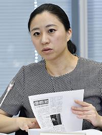 意見を述べる三浦瑠麗委員=11日、東京・東新橋の共同通信社
